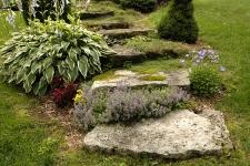 Marche en pierre naturelle