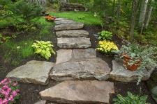 Escalier exterieur en pierre naturelle
